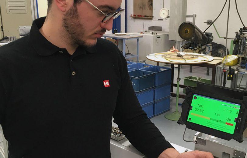L'IHM permet de voir en temps réel le bon serrage effectué.